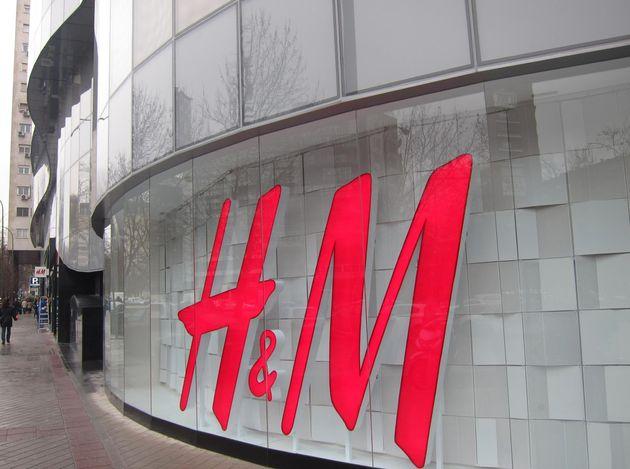 H & M de