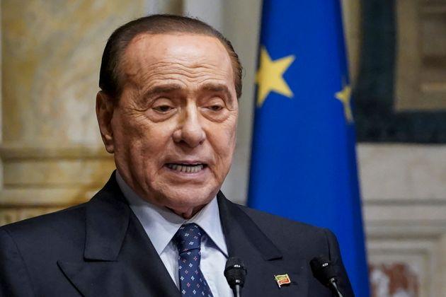 El ex primer ministro de Italia Silvio
