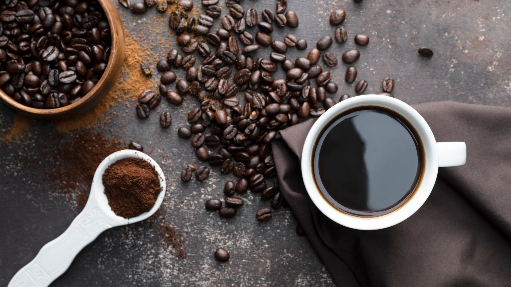 Why Whole Bean Coffee Is Infinitely Better Than Ground, According To Experts