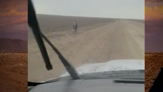 A migrant boy abandoned in the desert in Rio Grande,