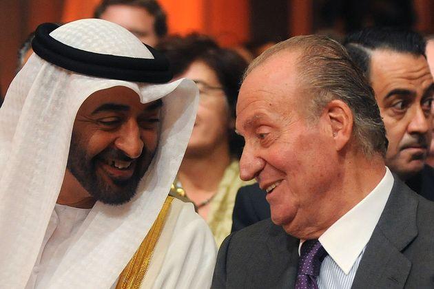 El príncipe de Abu Dhabi, Sheikh Mohammed bin Zayed Al Nahyanm, con Juan