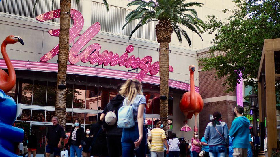 Las Vegas, la ville fantôme du début de la pandémie, redevient