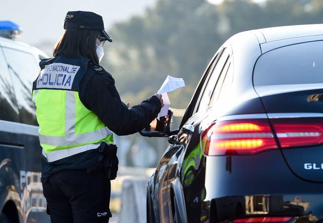 Control policial para asegurar el cumplimiento de las medidas de