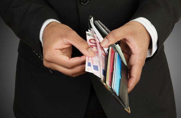 Addio cashback: i contanti non sono