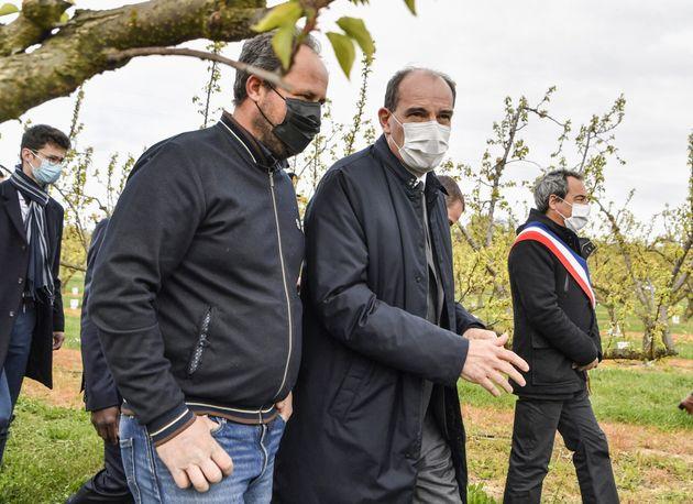 Castex en visite d'une exploitation en Ardèche le 10 avril
