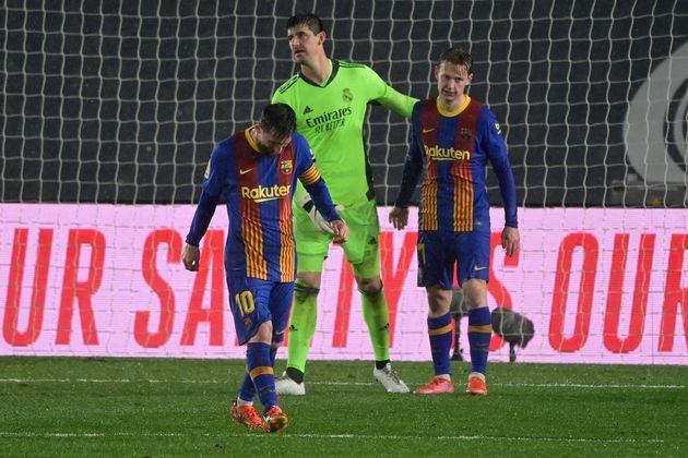 Messi, cabizbajo, en un momento del