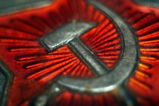 La hoz y el martillo, símbolos