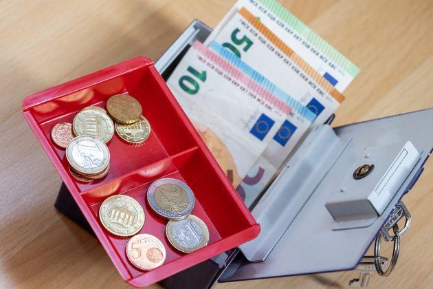 Imagen de archivo de los ahorros de una