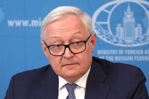 Η Μόσχα προειδοποιεί τις ΗΠΑ να μείνουν μακριά από την