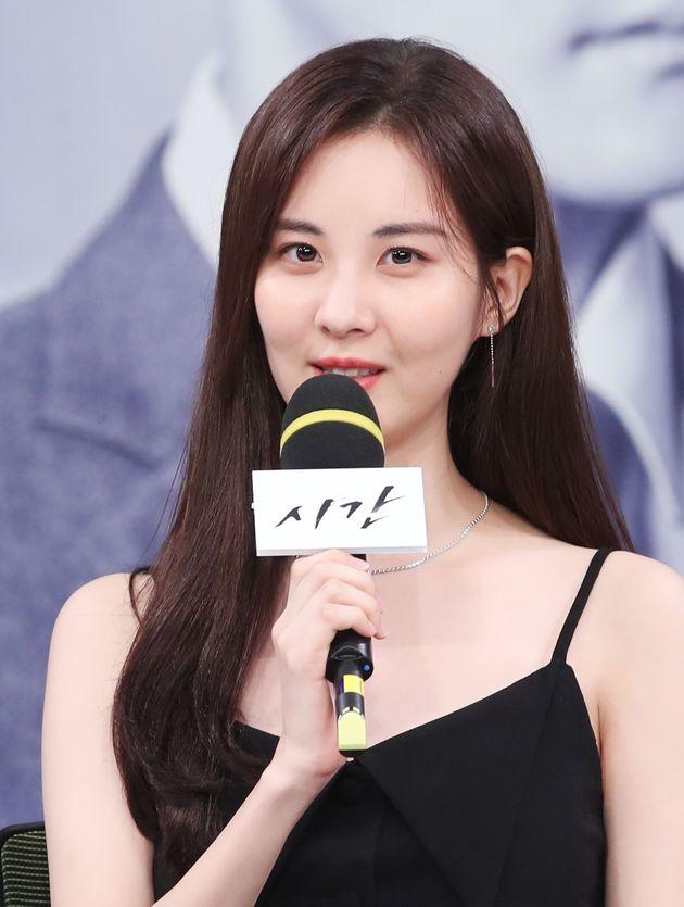드라마 '시간' 제작발표회에 참석한 배우
