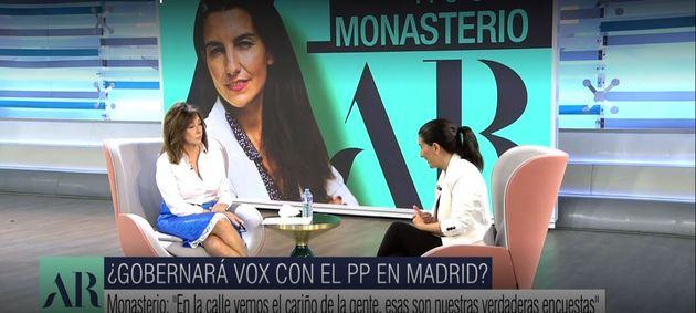 Un momento de la entrevista de Ana Rosa Quintana a Rocío