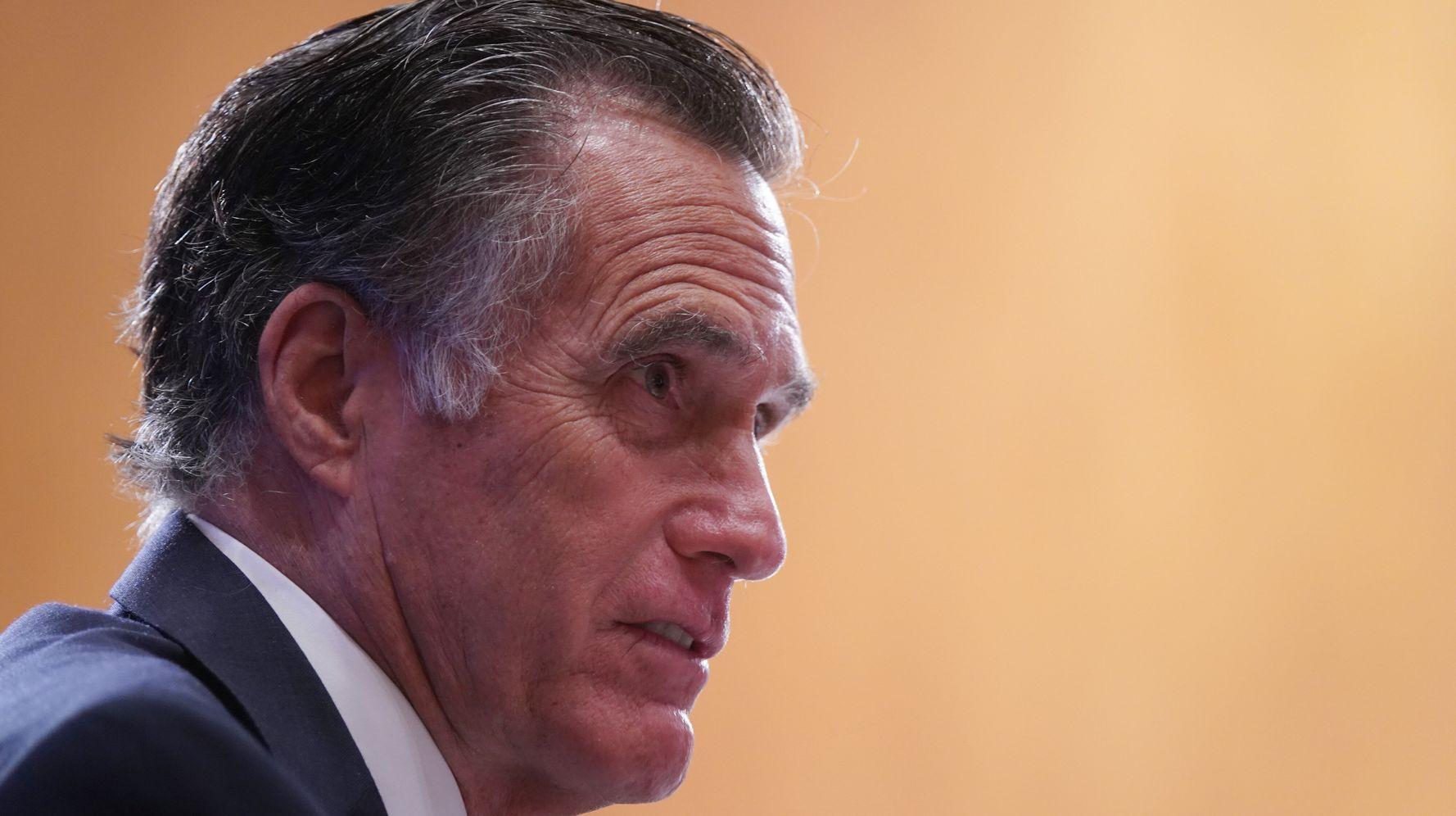 Mitt Romney And Kyrsten Sinema Team Up On Bipartisan Bill To Increase Minimum Wage