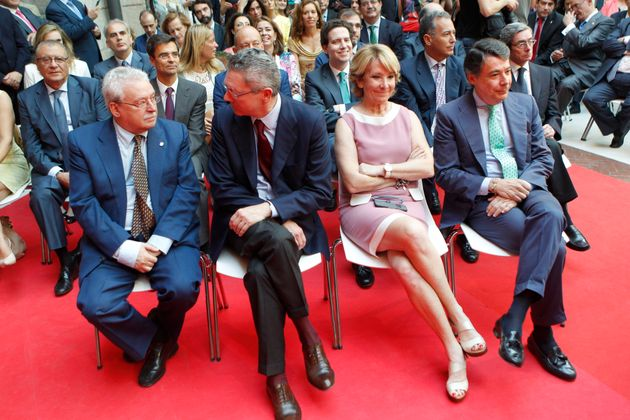 Los expresidentes de Madrid Joaquin Leguina, Alberto Ruiz Gallardón, Esperanza Aguirre e Ignacio