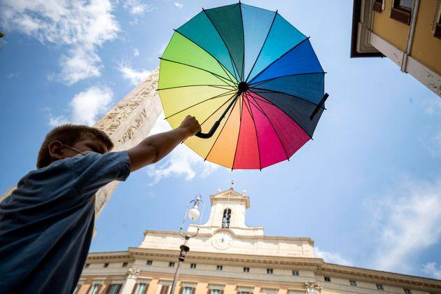 La manifestazione a Montecitorio contro l'omotransfobia. Roma. 3 agosto 2020ANSA/MASSIMO