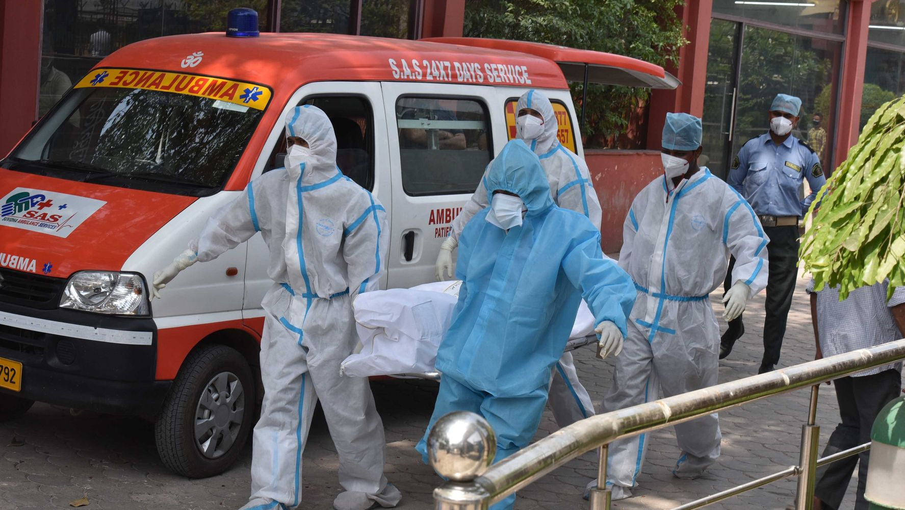 India Reports More Than 200,000 New Coronavirus Cases In A Single Day