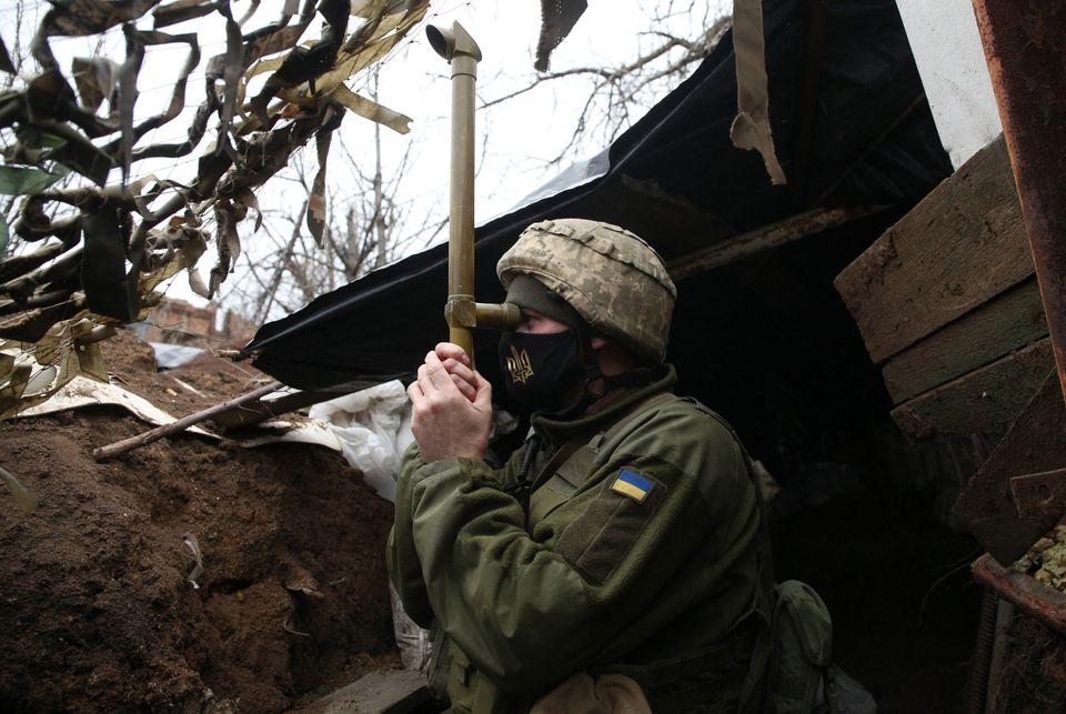 Εικόνες από την Ανατολική Ουκρανία: Η ζωή στα χαρακώματα στην πιο