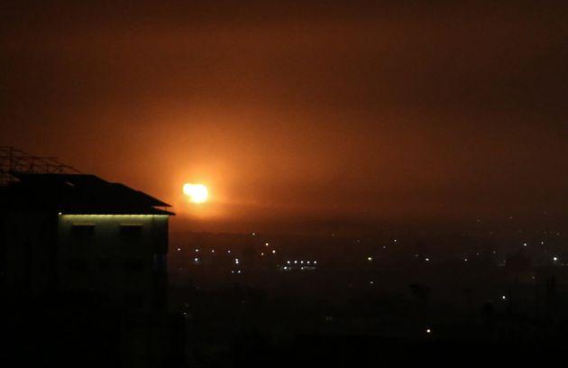 Ισραηλινά πλήγματα στη Λωρίδα της Γάζας ως αντίποινα για εκτόξευση