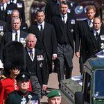 La soledad de Isabel II y el acercamiento entre Guillermo y Harry: así ha sido el funeral de Felipe de