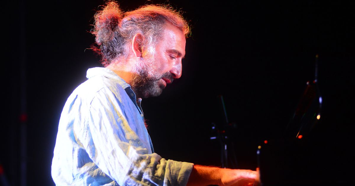 """Stefano Bollani: """"Usciamo dal Covid con l'improvvisazione jazz"""" (di N. Mirenzi)"""