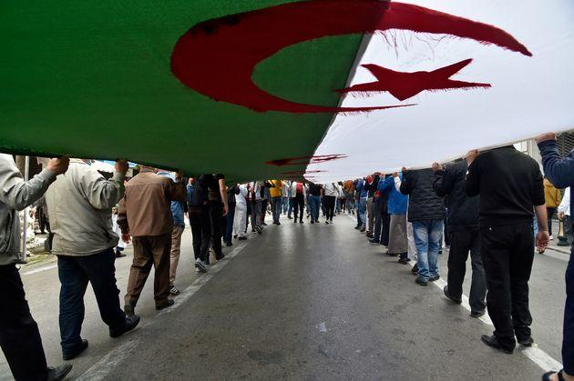 La France a répandu lanalphabétisme en Algérie, accuse un conseiller présidentiel algérien