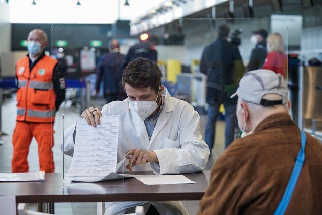 Hub vaccinale all'aeroporto Caselle di
