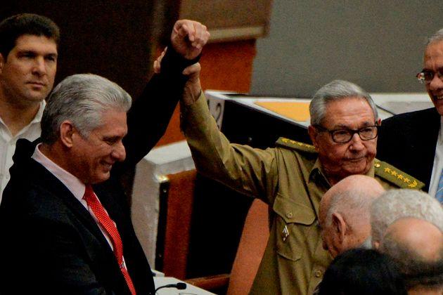 Κούβα: Ο Μιγκέλ Ντίας - Κανέλ νέος γραμματέας του Κομμουνιστικού