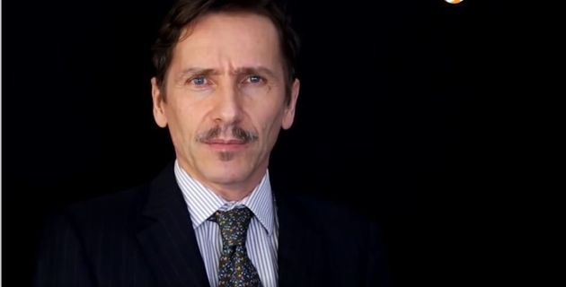 Rémy Daillet-Wiedemann dans une vidéo sur son site