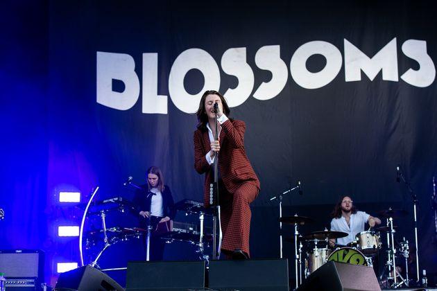Συναυλία με τους Blossoms χωρίς μάσκες και αποστάσεις: Το πείραμα του