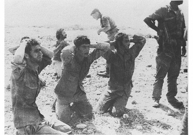 1974 - Ελληνοκύπριοι στρατιώτες αιχμάλωτοι από τους Τούρκους