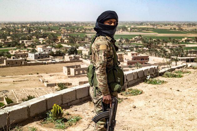 Τι σημαίνει η νέα σύγκρουση των Κούρδων με τις δυνάμεις του