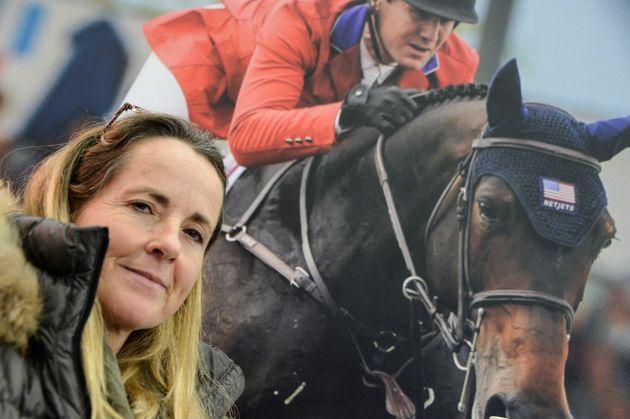 La Fédération d'équitation poursuit pour diffamation cette cavalière victime...