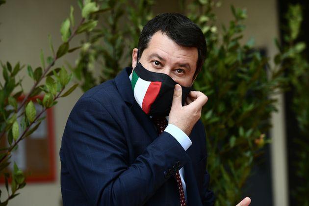 Il derby al governo tra Salvini e i suoi