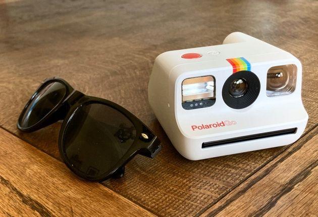 見よ、この信じられないほど小さな新型ポラロイドカメラを