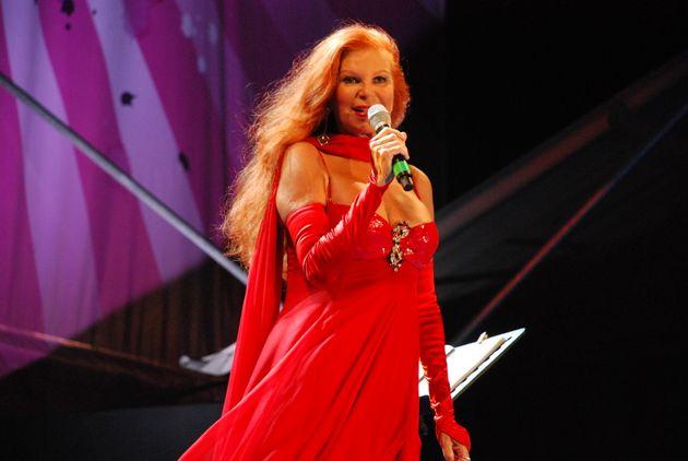 Η ιταλίδα τραγουδίστρια...