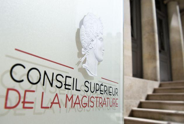 Le Conseil supérieur de la magistrature s'est indigné dans un communiqué que la...