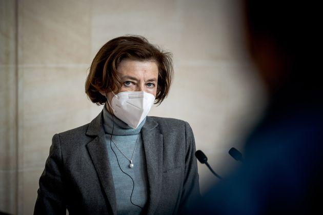 La ministre des Armées, Florence Parly, a attaqué Marine Le Pen ce dimanche 25 avril, après...