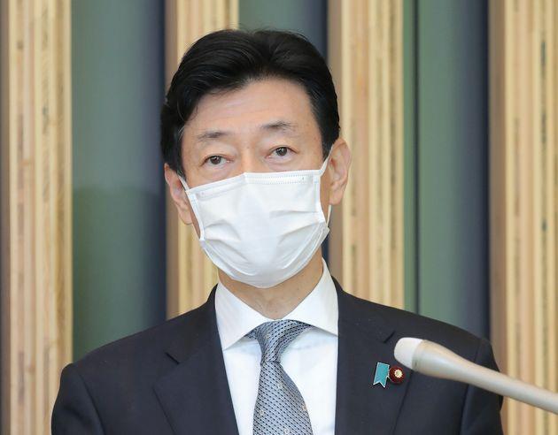 西村康稔・経済再生担当相=4月23日、東京都千代田区