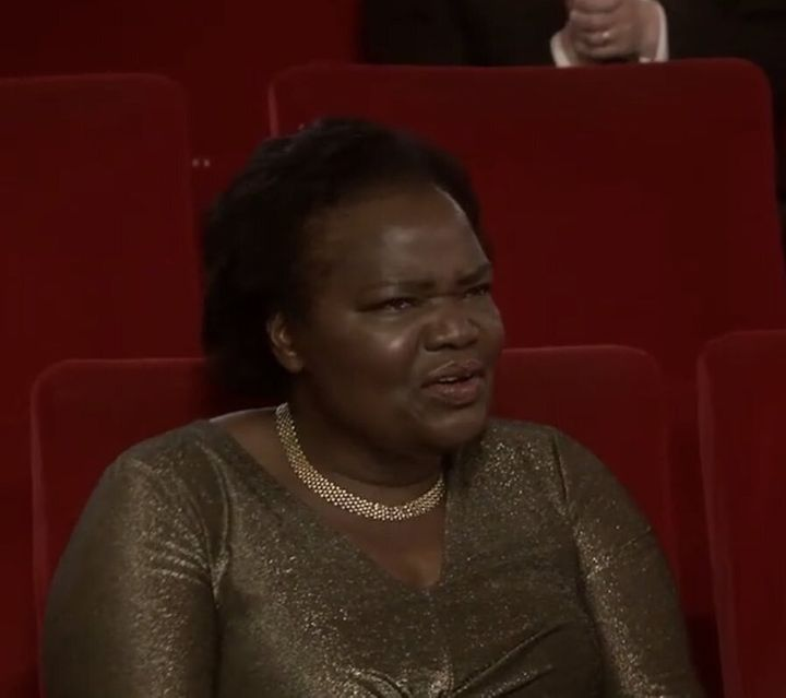 La madre de Daniel Kaluuya, durante la ceremonia de los Oscar.