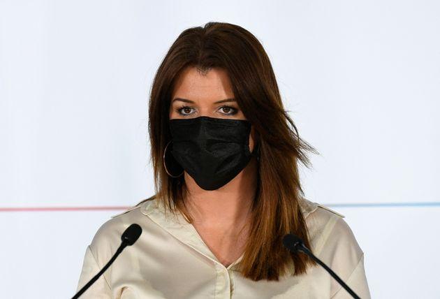 Marlène Schiappa lançant les États généraux de la laïcité le 20 avril