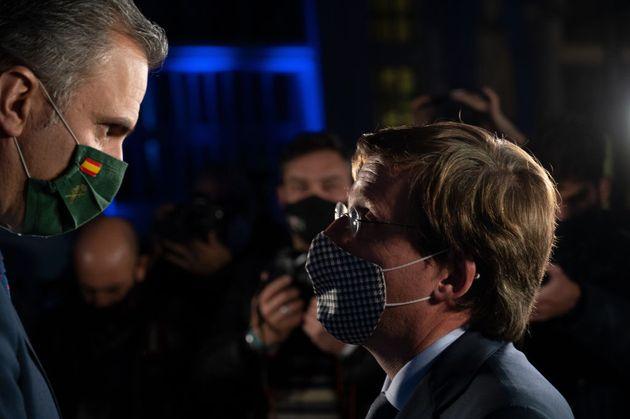 Martínez-Almeida, en un cara a cara con Ortega