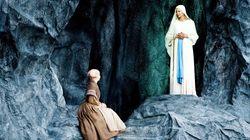 «Το θαύμα της Λούρδης»: Η γαλλική θεατρική παράσταση για τα πάθη του Χριστού