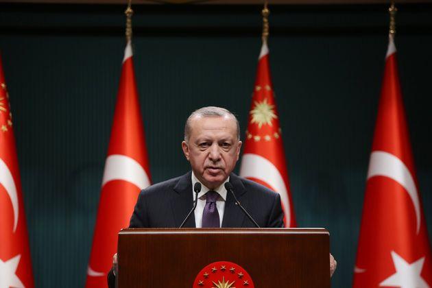 Οργισμένη αντίδραση Ερντογάν κατά Μπάιντεν για την αναγνώριση της γενοκτονίας των