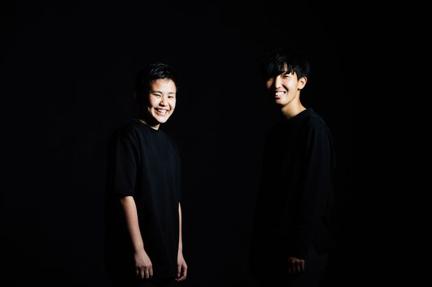 (左から)内山穂南さんと下山田志帆さん