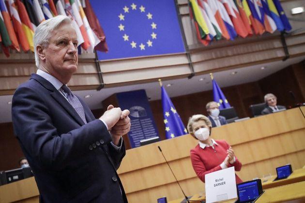Michel Barnier et Ursula Von der Leyen au Parlement européen le 27 avril