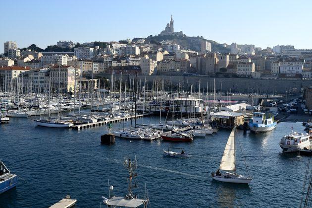 Le président d'un club nautique marseillais démissionne après des propos racistes...