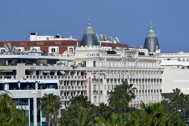 La ville de Cannes ouvre des créneaux de vaccination aux personnes âgées de plus...