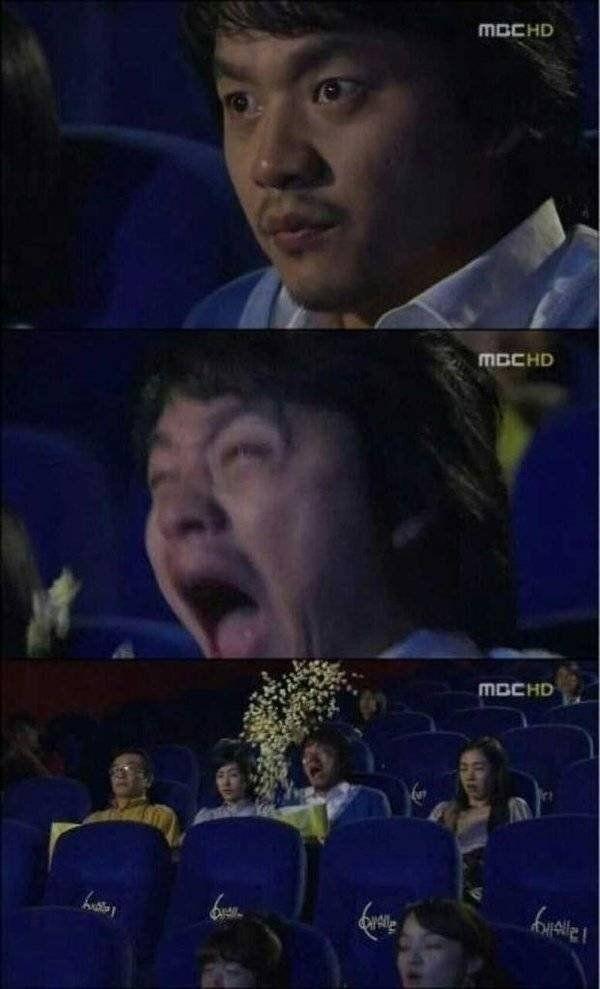 유명한 '팝콘짤'. 김승수가 드라마 '깍두기''에서 공포 영화를 관람하던 중 무서운 장면에 놀라는