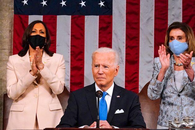 Kamala Harris, Joe Biden et Nancy Pelosi au Congrès au Capitole à Washington, le 28 avril