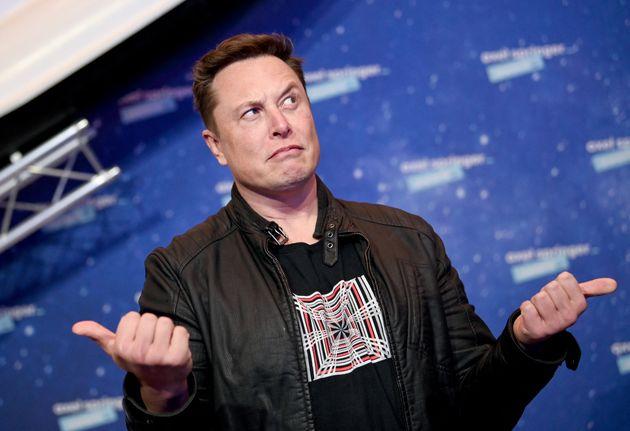 Elon Musk et son projet d'Internet par satellites Starlink rencontrent une opposition en France, à Gravelines...