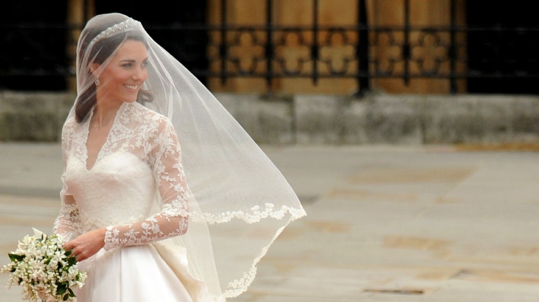 How Kate Middleton's Wedding Dress Inspires Brides A Decade Later